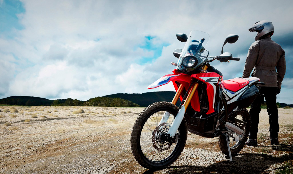 эндуро мотоцикл двойного назначения