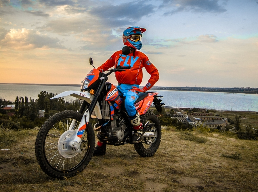 Мотоцикл Avantis Dakar (Geon) 250 TwinCam