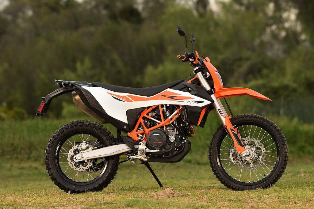 эндуро мотоцикл двойного назначения KTM 690 Enduro